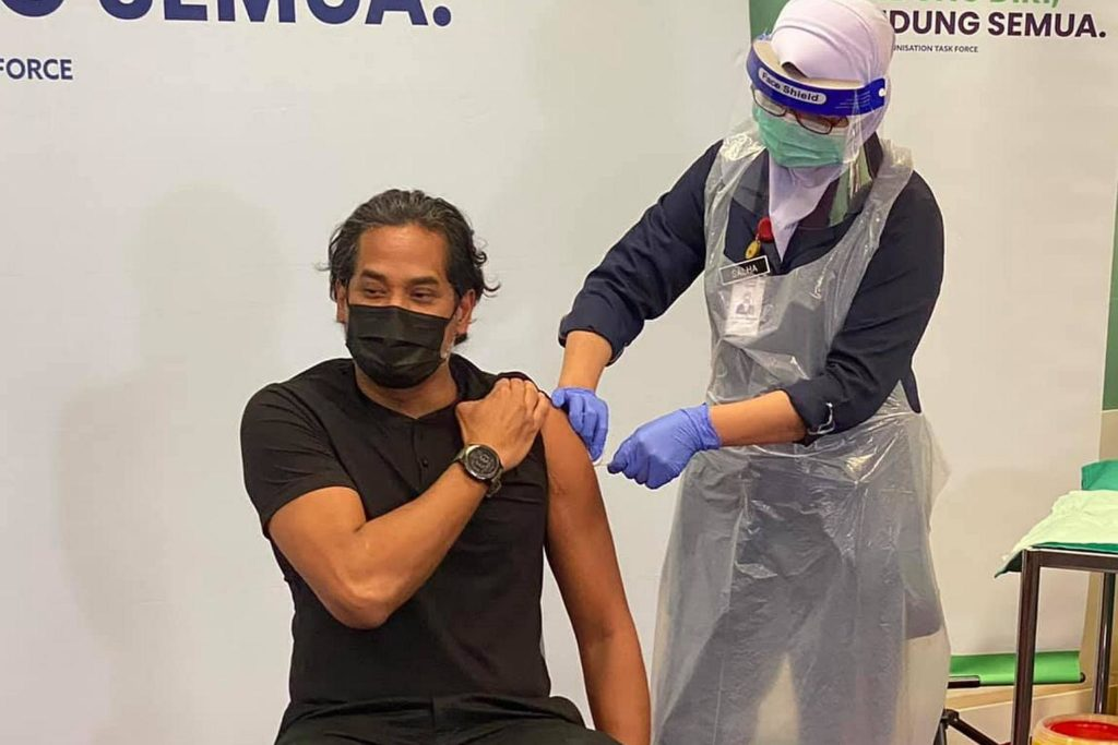 the first sinovac shot among vaccine brands in Malaysia